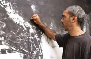 ABORIGINAL ARTIST WINS BIG BULGARI PRIZE